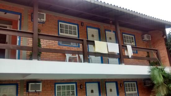 Pousada do Beijaflor : balcones de habitacion