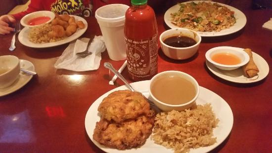 Jefferson City, Теннесси: Egg Foo Young, Sweet and Sour Chicken and Vegetable Fried Rice