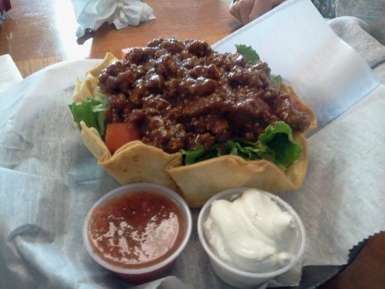 Blue Roof Grille: Beef Taco Salad