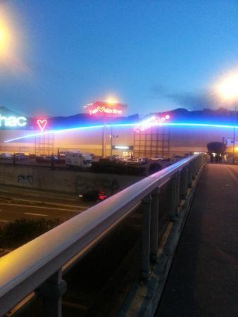 centre commercial géant casino saint anne marseille