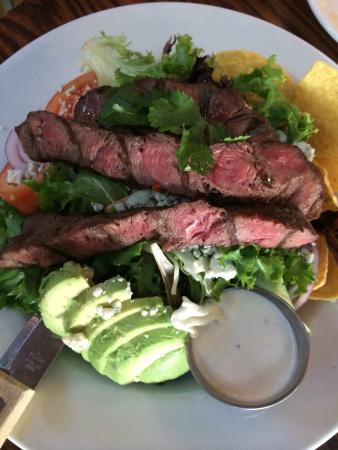 The Lost Roo: Flatiron steak salad