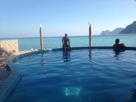 Phi Phi Don Chukit Resort : Lovely pool
