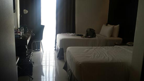 Cityscape Hotel: Room