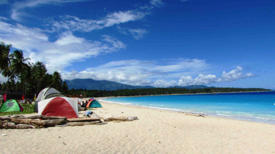 Dahican Beach: Pitch your tents!