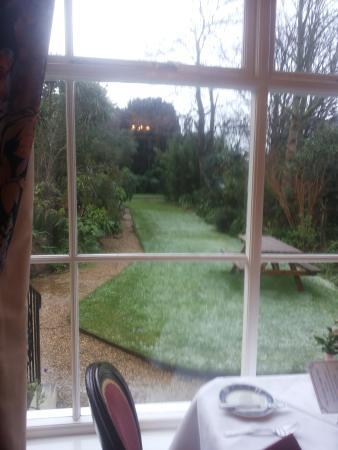 Grange Lodge Hotel: Lovely gardens