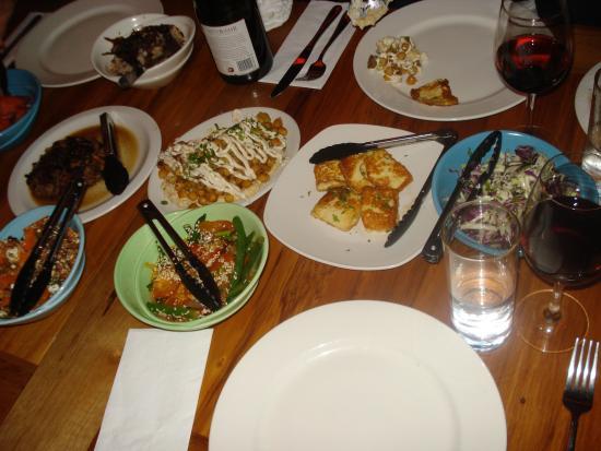Ima Cuisine: Assortiment de plats