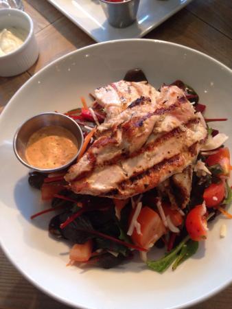 Lemon & Garlic Red Chicken Salad