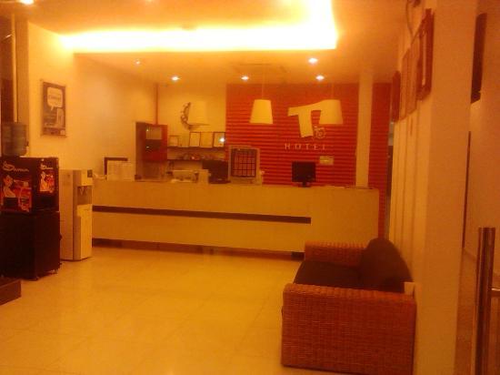 T Hotel Kuala Perlis: Na recepcao