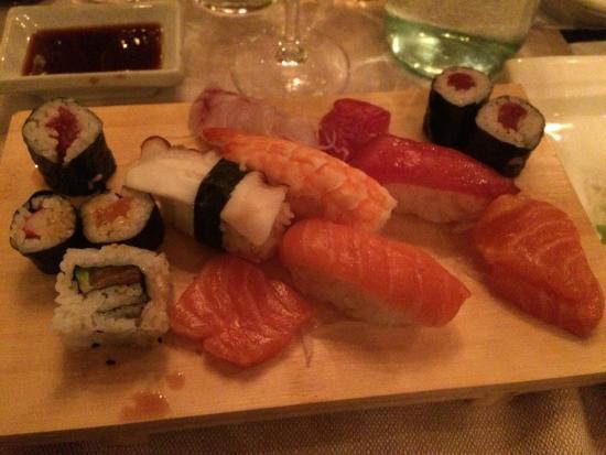 Sushi fotograf a de ristorante giapponese tao for En ristorante giapponese