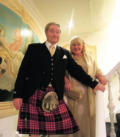 Bothwell Bridge Hotel : The Stairway to a Happy Night