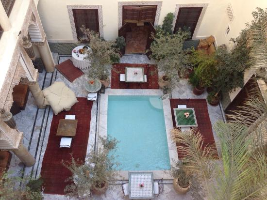 RIad Al Loune: View of the central dining area from the roof