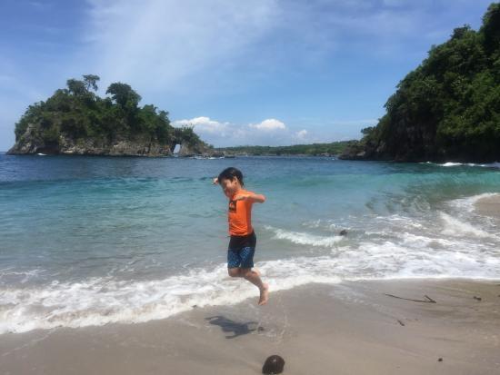 Bali Boat Trip : Lovely beach. Crystal Bay - Bali