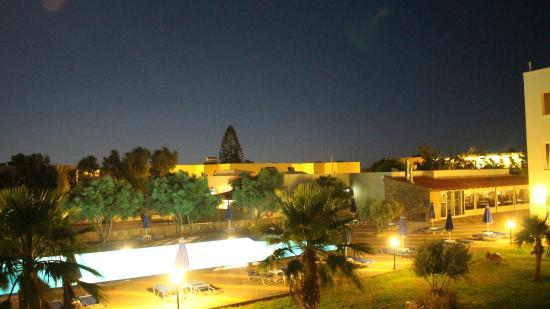 Dessole Blue Star Resort : .