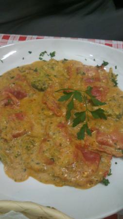 Pizzeria Lo Spuntino: ravioli de chorizo ibérico
