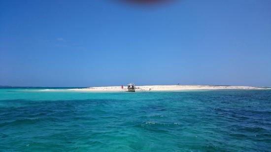 Romantic Beach Villas: Naked Island