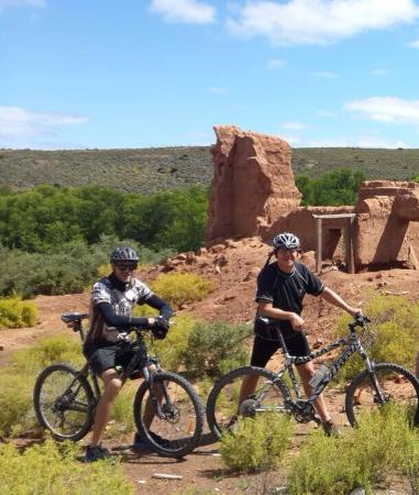 African Game Lodge: Mountain Bikers Dream
