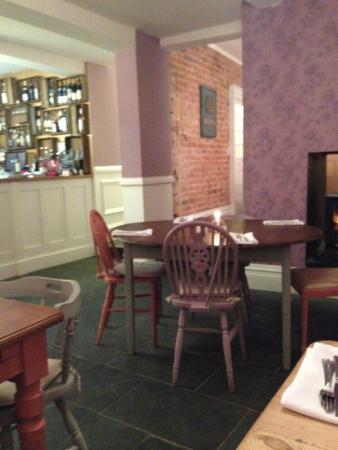 The Griffin Inn, Irnham: Lovely new dining area