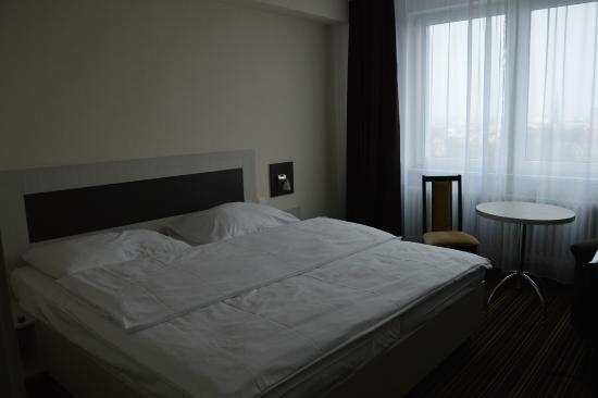 Hotel Flora: Habitación Deluxe