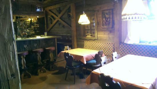Hotel Hohe Burg: bar