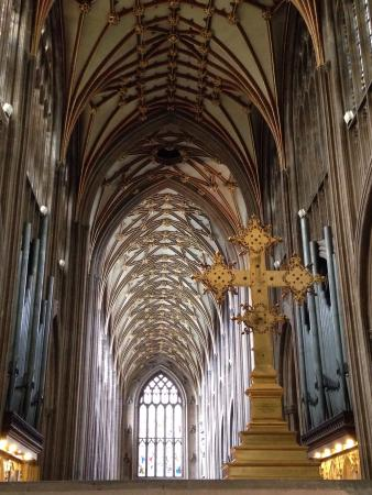 St Mary Redcliffe Church: The beautiful ceiling
