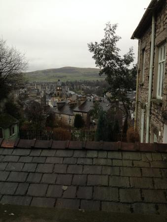Hillside Bed & Breakfast: view from bedroom window over Kendal