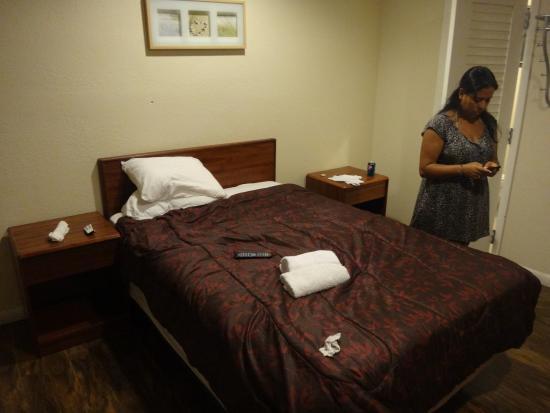 Miami Springs Inn: cama