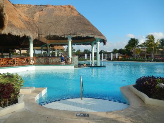 buffet picture of grand palladium white sand resort. Black Bedroom Furniture Sets. Home Design Ideas