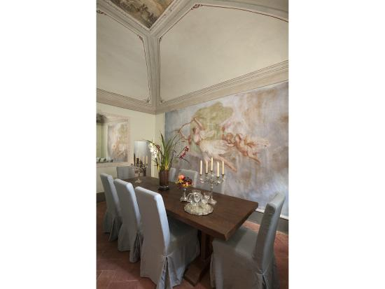 Palazzo nobile di san donato luxury b b residenza d 39 epoca for Meuble il riccio