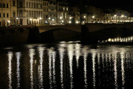 The bridge at night - Picture of Ponte Vecchio, Florence ...