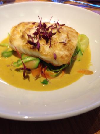 Met Bar & Kitchen: Superb Fish Specials
