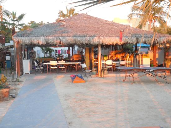 Kurt n Marina : PLAYA DINING AREA