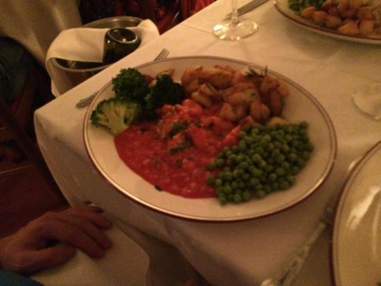 Giovanni's Restaurant: scampi in sauce