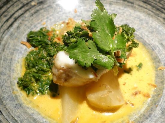 RESTAURANT UMAMI : St. Jacques poêlées / wasabi-sudachi / endives - Pan fried scallops / wasabi-sudachi / Belgium