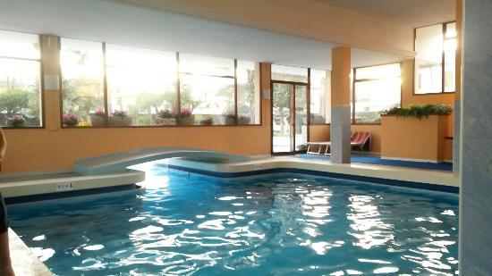 Hotel terme firenze abano terme italia prezzi 2018 e - Terme di castrocaro prezzi piscina ...