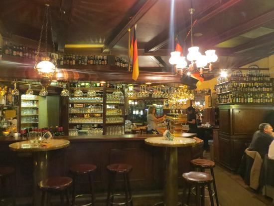 Schweizer Wurstsalat Bild von Haus der 100 Biere Berlin