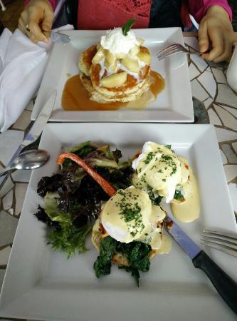 Blackfriars: Apple pancakes with eggs horentine