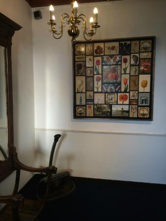 vintage decor - Picture of Hotel Leeuwenbrug, Delft - TripAdvisor