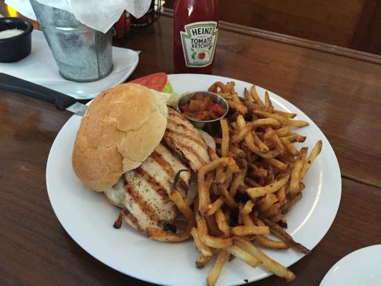 Crossroads Brewing: Grilled chicken sandwich