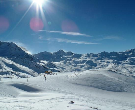 Delicious Mountain - Chalet La Chouette: skiing