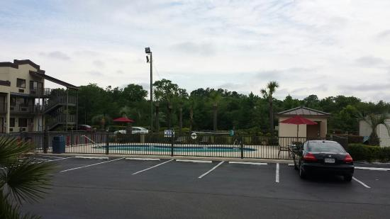 Super 8 Conway/ Myrtle Beach Area: Early morning