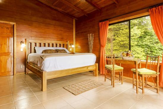 GreenLagoon Wellbeing Resort: Villa with Pool
