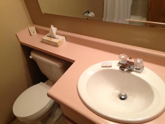 Whiskey Point Resort: Super-clean bathroom