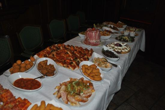 Buffet per compleanno picture of britannia cafe grottaglie