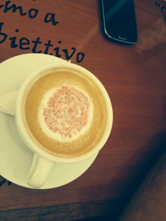 Dulcis Vita Bakery and Coffee Shop: White mocha coffee