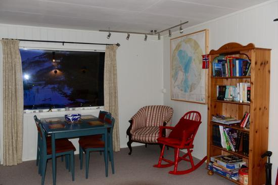 Little Red House: Das Wohnzimmer vom River House