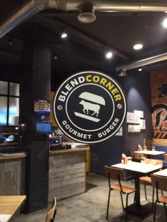 Blend Corner