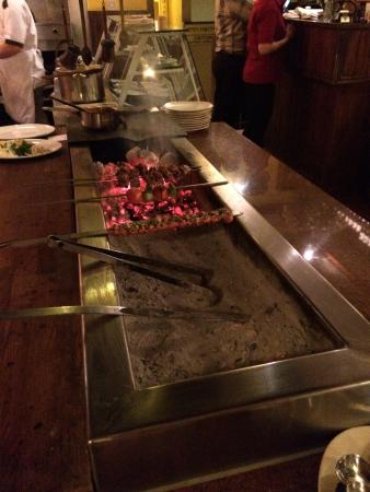Meze restaurant: Offener Grill