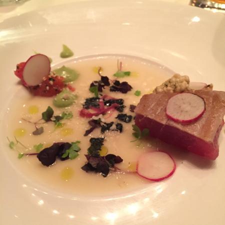 1789 Restaurant : tuna crudo