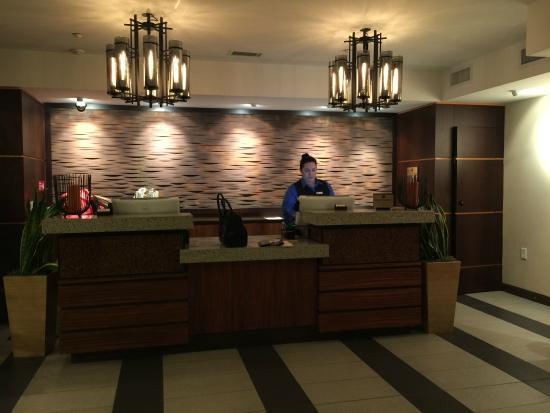 Hotel Indigo Napa Valley: Reception
