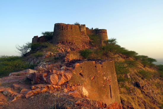 Malpura India  City pictures : 400 year old castle Picture of Tordi Garh, Malpura TripAdvisor